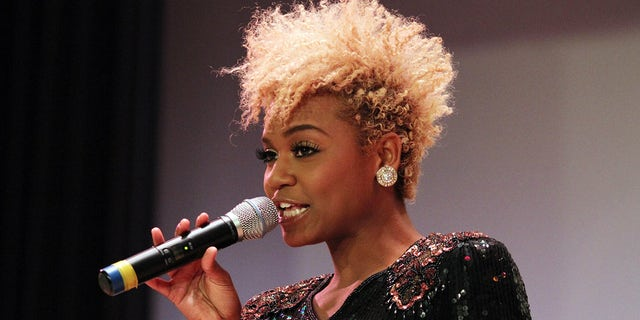 Syesha Mercado performs in Chicago, Dec. 3, 2011. (Getty Images)